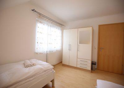 Villa-Hasi-Schlafzimmer-3